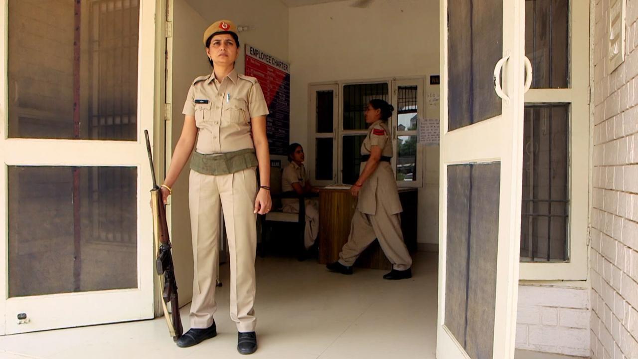 S1 E21: India's Female Cops