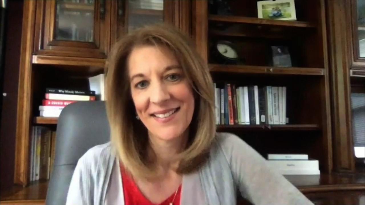 Kamp Solutions: Beyond the Virus - Stephanie Kelton