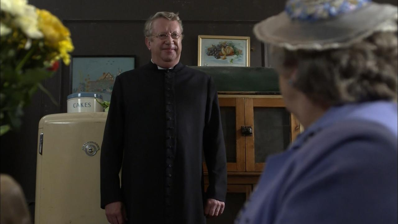 Father Brown: The Hangman's Demise