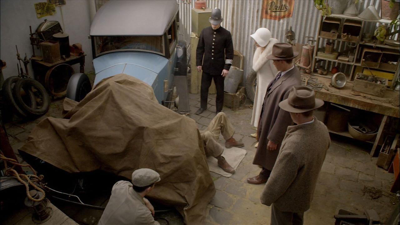 Miss Fisher's Murder Mysteries: Murder in Montparnasse