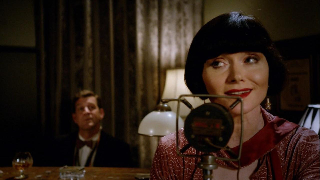 Miss Fisher's Murder Mysteries: Dead Air
