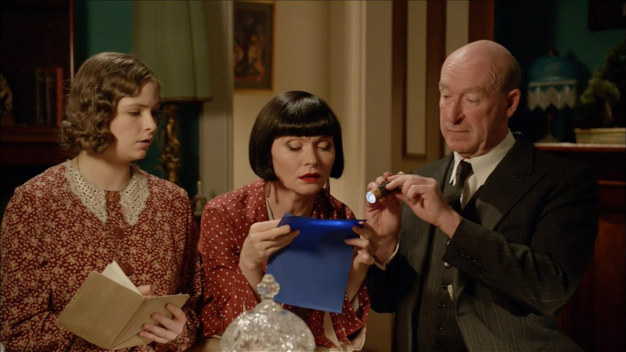 Miss Fisher's Murder Mysteries: Death and Hysteria