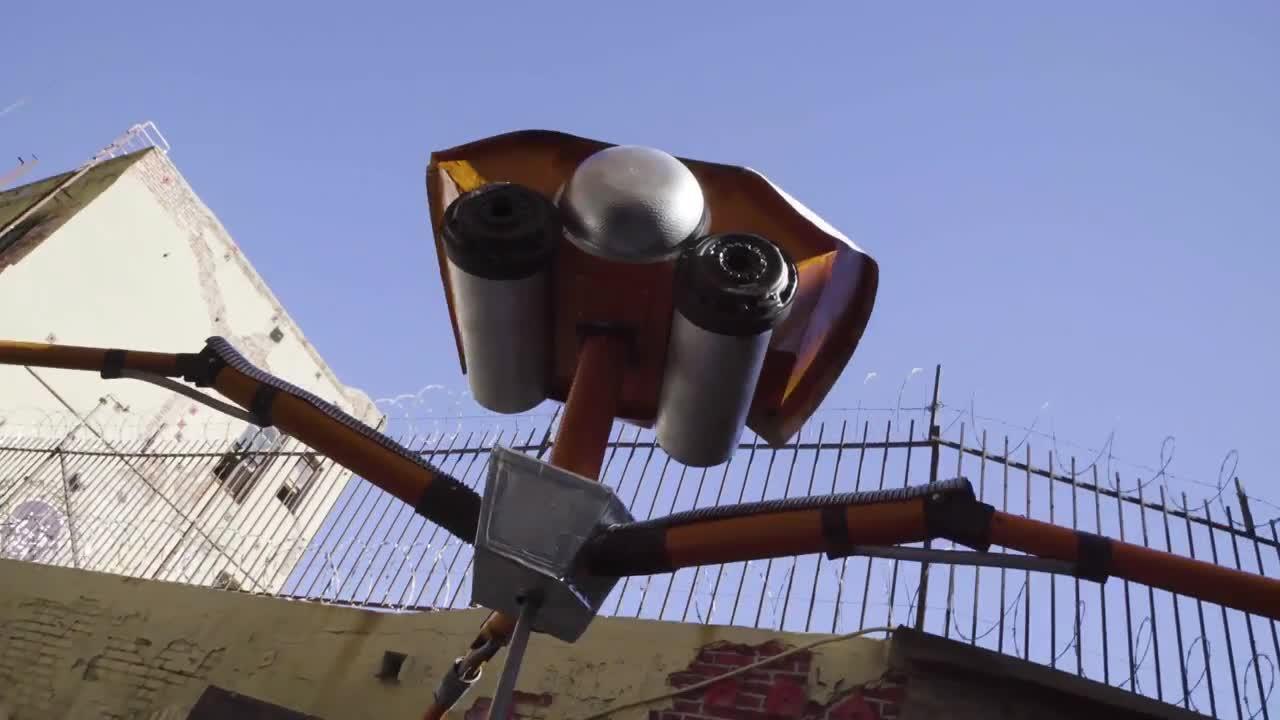 "Production Designer Calder Greenwood talks about the Making of ""War of the Worlds"""