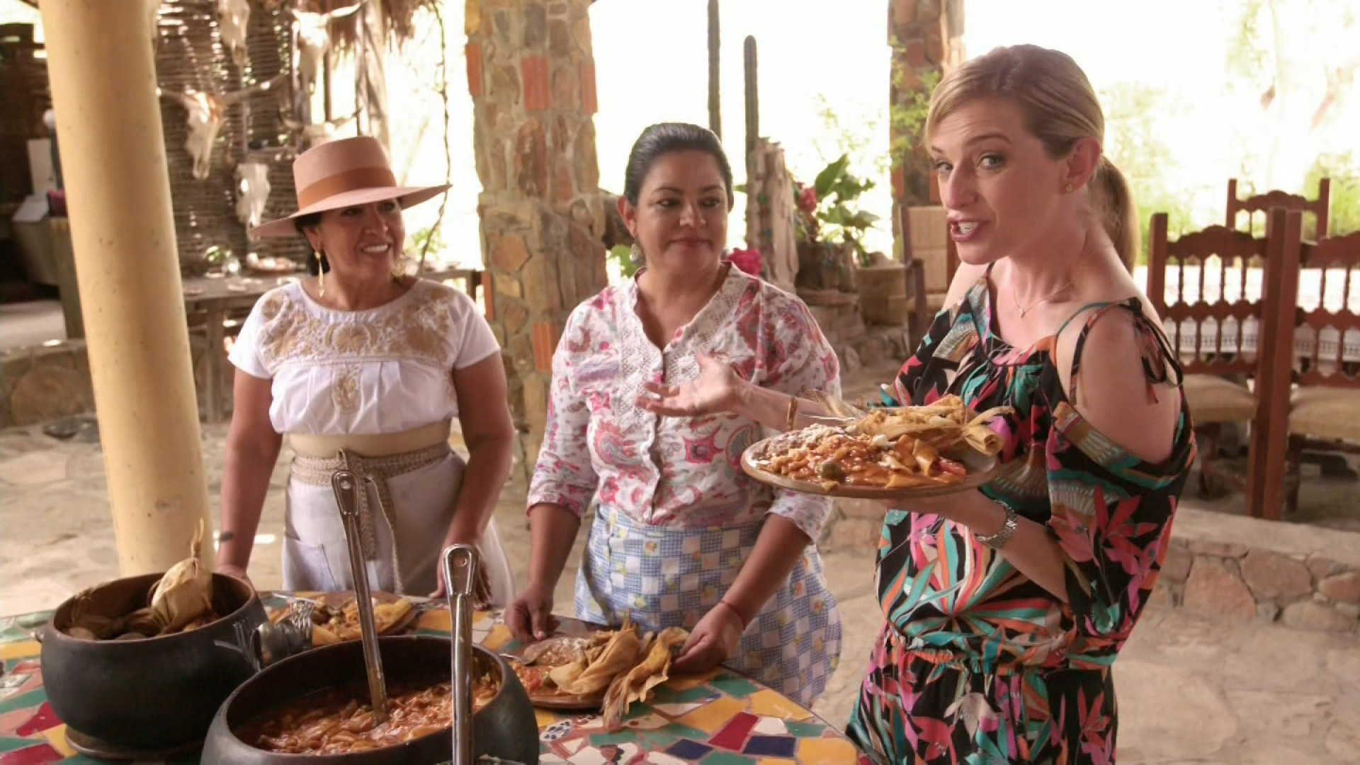 S7 E9: The Godmother of Cabo Cuisine